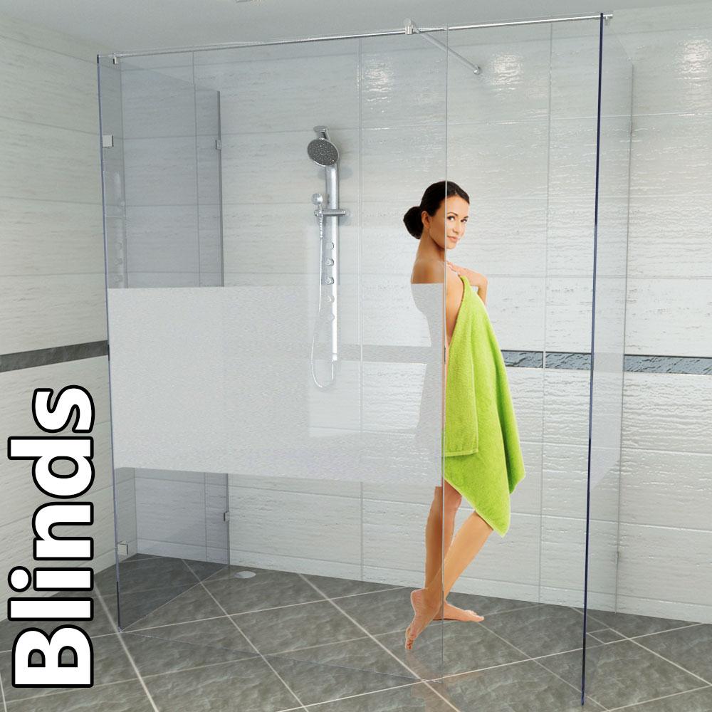 Mit Applikationen und Spiegelaufsätzen die Türe verschönern